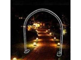 Arco sposi cassico in metallo. Colore bianco, altezza 240 cm