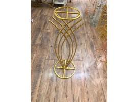 """Base """"Armony"""" in metallo.altezza 70 cm. Colore oro"""